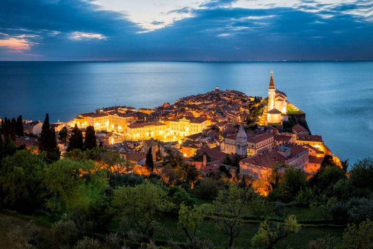 Pregled ponudbe rabljenih stanovanj na slovenski obali