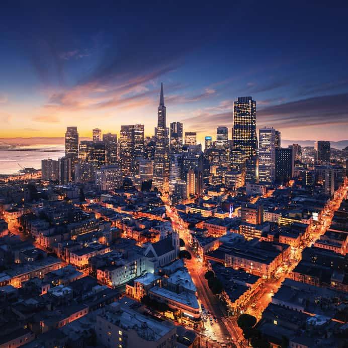 Facebook bo  v Kaliforniji zgradil 20.000 stanovanj
